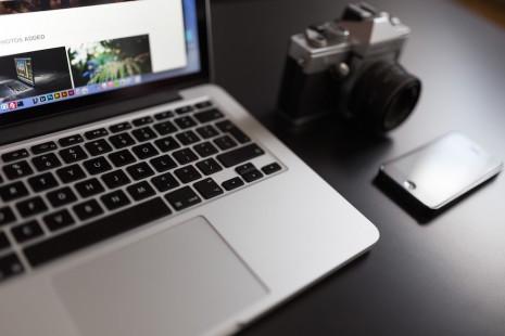 macbook-laptop-computer-mobile-iphone-camera copy